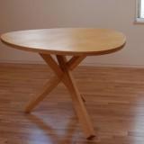 おにぎり型 テーブル